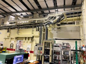 リング棟検出器開発用ケーブル配線工事写真3